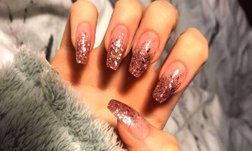 2019'un Tırnak Modası; Glitter!